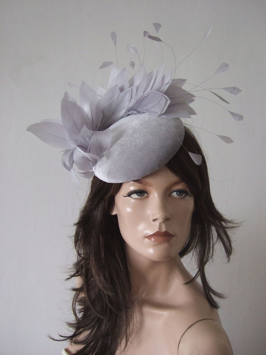 "Silver Light Grey Velvet Fascinator Cocktail Hat Headpiece ""Enya"" for Winter Mother of the Bride outfits, Winter Wedding Guest Hats, What to wear to a Winter Wedding. Silver Fascinator. Velvet Hats. Velvet Fascinator"